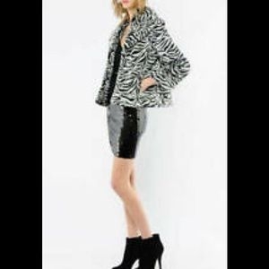 Alice & Olivia Zebra Faux Fur Crop Coat - L@